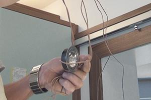 led terrassenbeleuchtung einbauen anleitung der hornbach meisterschmiede. Black Bedroom Furniture Sets. Home Design Ideas