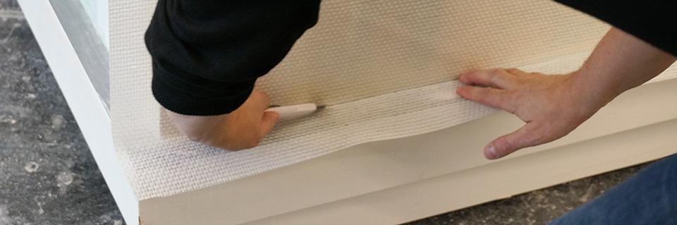 Glasfasertapete tapezieren und streichen anleitung for Glasfasertapete streichen