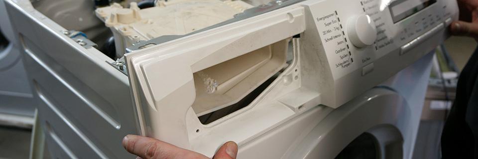 aeg waschmaschine frontblende wieder zusammenbauen. Black Bedroom Furniture Sets. Home Design Ideas