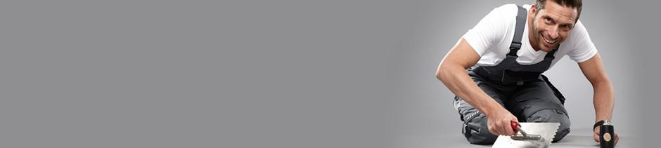 ein loch in eine fliese bohren h mmern und schneiden video anleitung. Black Bedroom Furniture Sets. Home Design Ideas