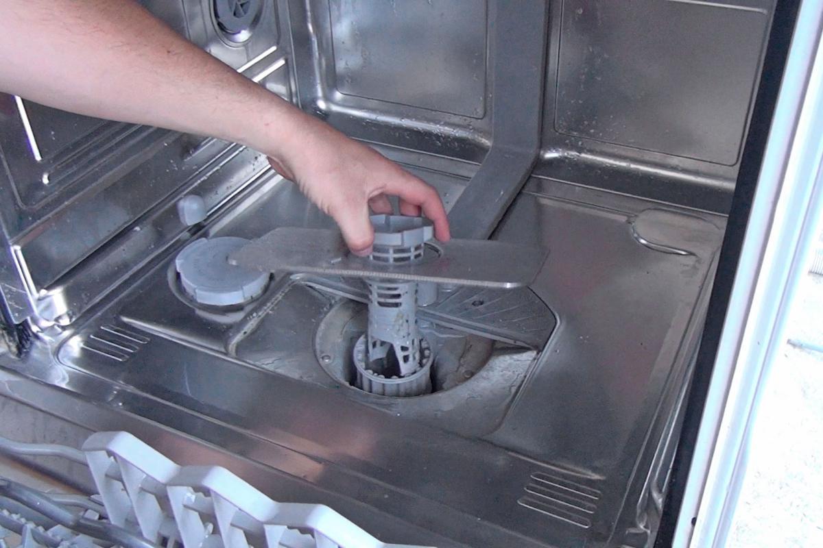 Die Spülmaschine Reinigt Nicht Richtig Ursachen Und Lösungen Ratgeber Diybook De