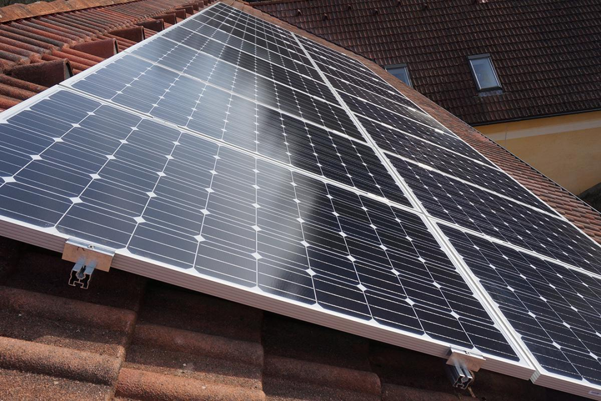Photovoltaik Auswirkungen Der Verschattung Von Solarmodulen Elektroinstallation Schritt Fur Schritt Anleitung Diybook De