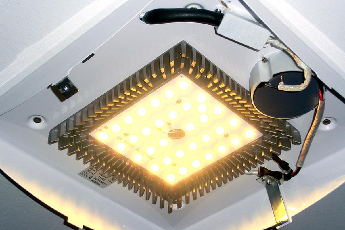 Led Lampe Anschliessen Anleitung Tipps Diybook De