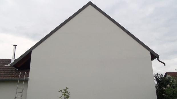Nackte Fassade