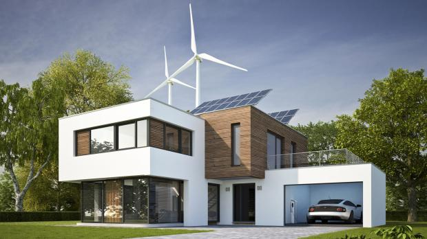 Modernes Wohnhaus mit alternativen Energiequellen