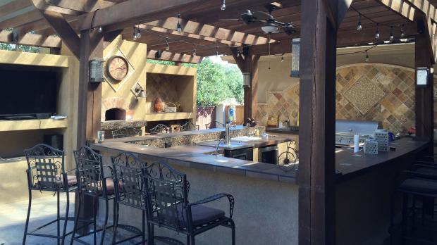 Outdoorküche im edlen Design