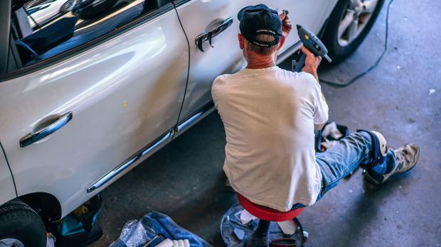 Reparieren in der Garage