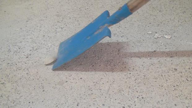 beton wasserdicht versiegeln beton wasserdicht versiegeln beton versiegeln 2k epoxidharz. Black Bedroom Furniture Sets. Home Design Ideas