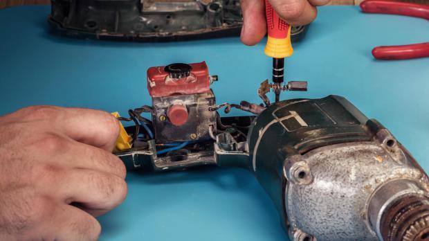 Innerhalb der Garantie keinen Reparaturversuch unternehmen
