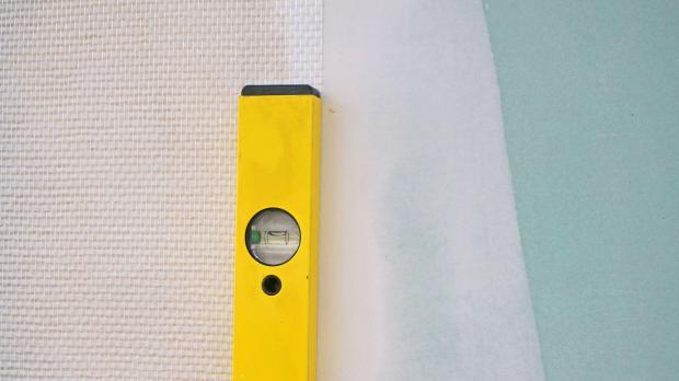 vor dem tapezieren darauf kommt es an tipps tricks vom maler tapezieren. Black Bedroom Furniture Sets. Home Design Ideas