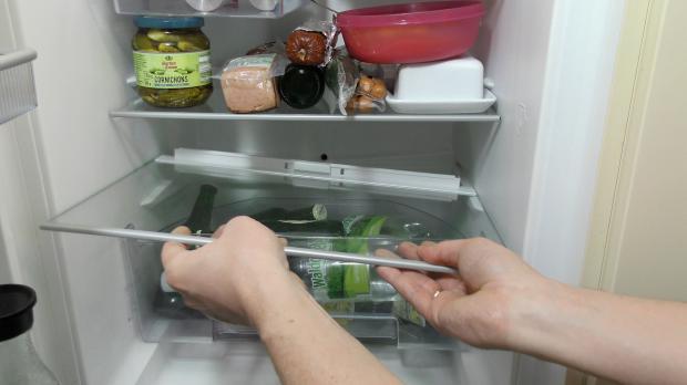 Aeg Kühlschrank Wasser Unter Gemüsefach : Unter dem gemüsefach ist bursaoynaridernegi