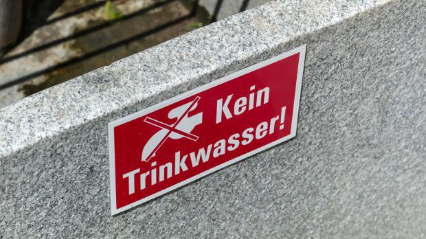 Warnschild: Kein Trinkwasser