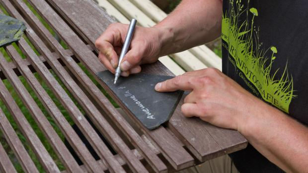 pflanzen beschriften pflanzenschilder selber machen garten. Black Bedroom Furniture Sets. Home Design Ideas
