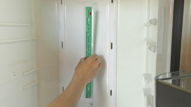 Siemens Kühlschrank Licht Geht Nicht Aus : Kühlschrank led beleuchtung wechseln anleitung @ diybook.de