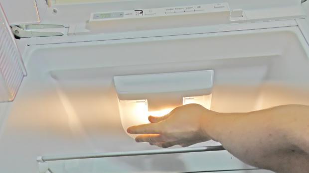 Amica Kühlschrank Birne : Kühlschrank lampe wechseln anleitung @ diybook.de