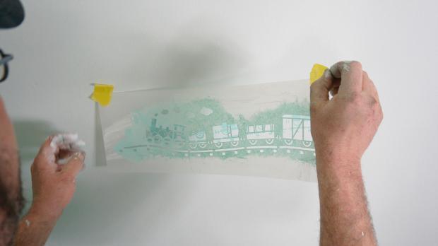 Wandschablone abnehmen