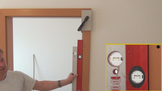 Tür zarge  Tür einbauen, Türzarge einbauen - Anleitung @ diybook.de
