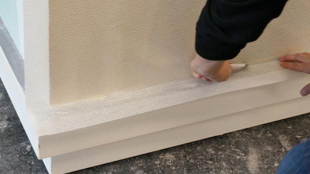 glasfasertapete tapezieren und streichen anleitung. Black Bedroom Furniture Sets. Home Design Ideas