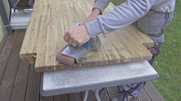 Tischplatte schräg abschleifen