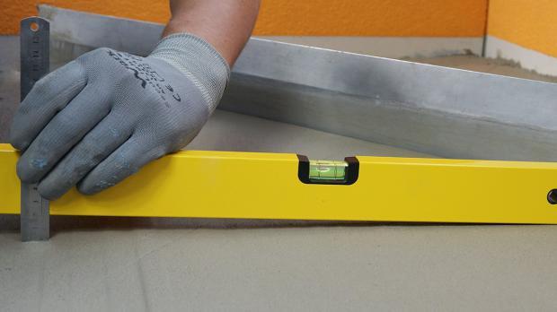 gefaelle  balkon herstellen anleitung tipps  diybookde