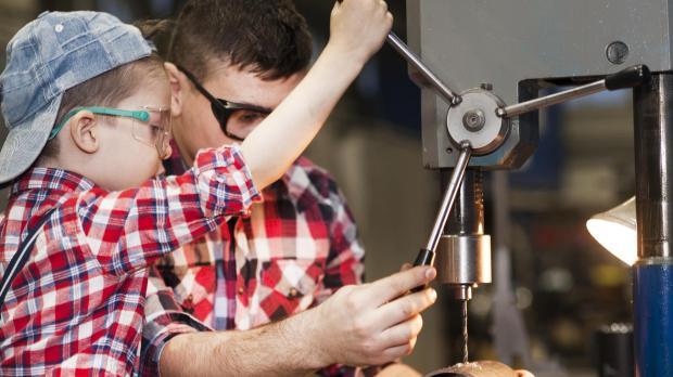 Arbeitsschutz muss von Eltern vorgelebt werden
