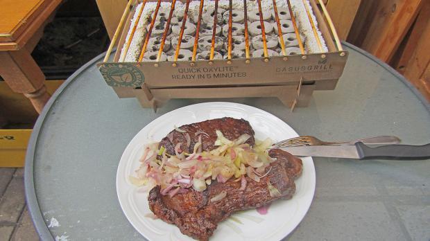 Fertiges Steak auf dem Teller