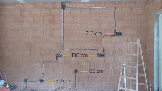 steckdosen badezimmer waschbecken trendy badezimmer naturstein mit wandfarbe grau und aus holz. Black Bedroom Furniture Sets. Home Design Ideas
