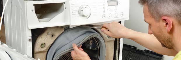 Kaputte Waschmaschine selber reparieren