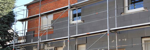 Fassadendämmung wird ausgeführt