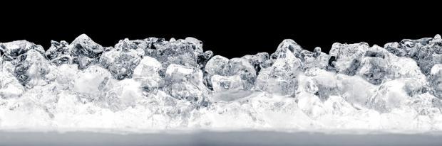 Eisschicht im Kühlschrank