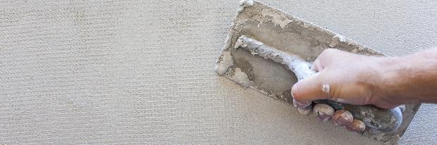 Wand wird verputzt