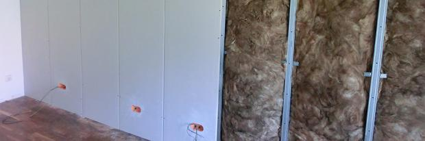 Teilweise fertiggestellte Vorsatzschale bzw. Installationswand