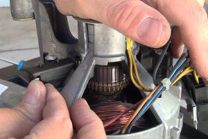 Gorenje Waschmaschine: Motorkohlen wechseln
