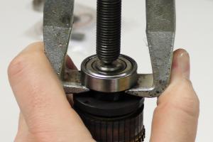 Kugellager wechseln: Anhand eines Waschmaschinenmotors
