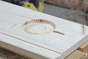 Tonie-Regal bauen – Schritt 2: Die Ladestation