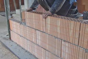 Zwischenwand bauen - Nicht tragende Wände mauern