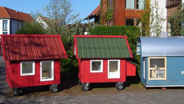 tierliebe auf r dern das h hnerhaus mobil in bauen. Black Bedroom Furniture Sets. Home Design Ideas