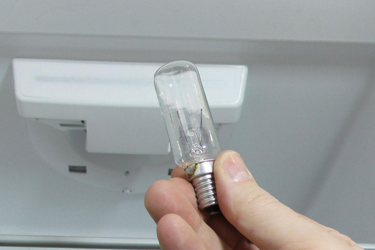 Gorenje Kühlschrank Licht Defekt : Kühlschrank lampe wechseln anleitung @ diybook.de