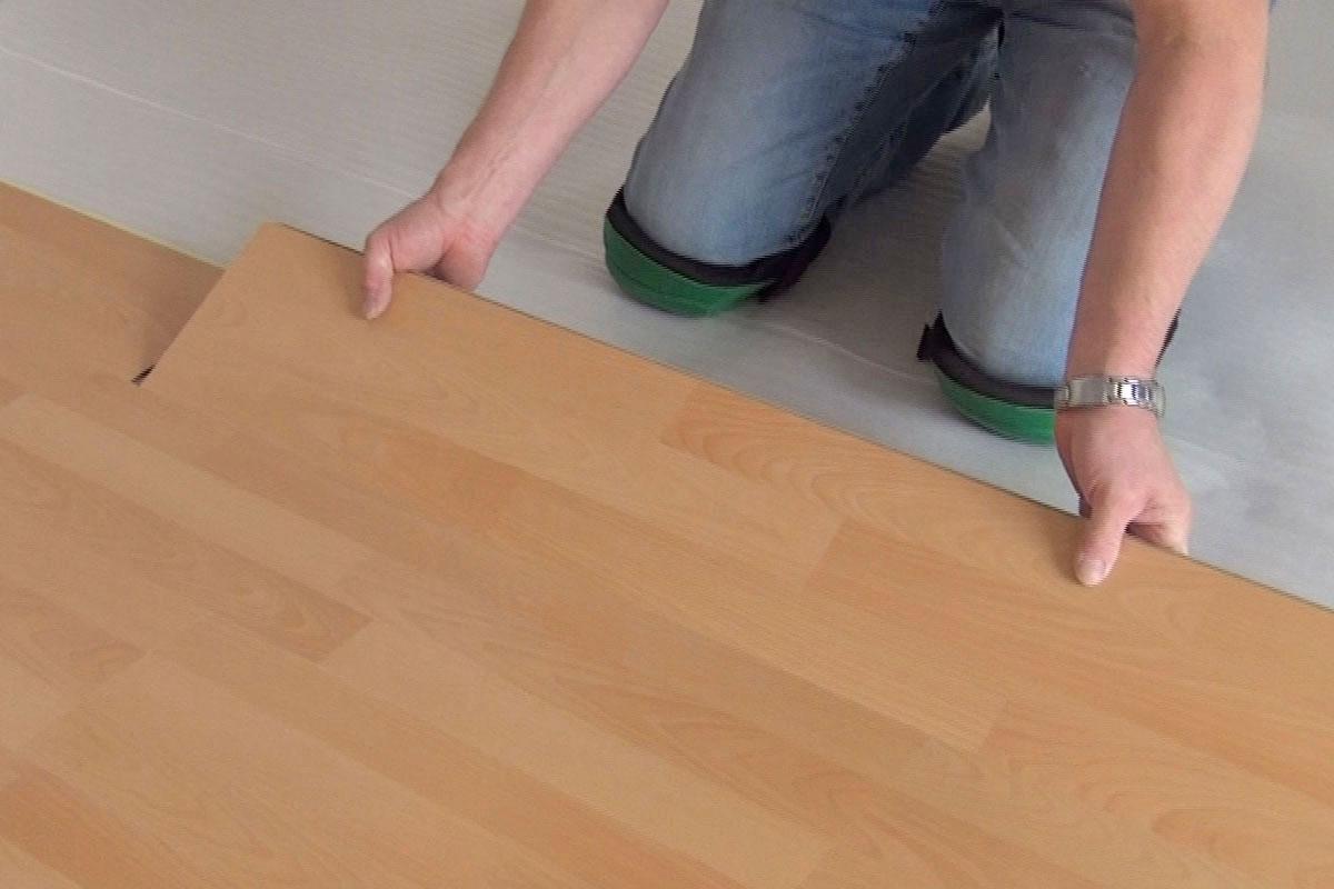 Holzfußboden Auf Fliesen Verlegen ~ Laminat verlegen anleitung zur schwimmenden verlegung diybook