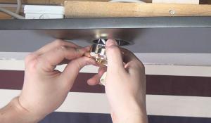 gelungener umbau halogen auf led umr sten anleitung und tipps vom elektriker. Black Bedroom Furniture Sets. Home Design Ideas