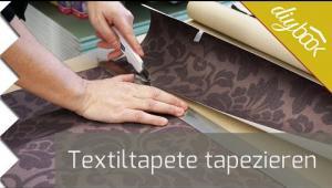 Embedded thumbnail for Das Tapetenbild - Textiltapete tapezieren