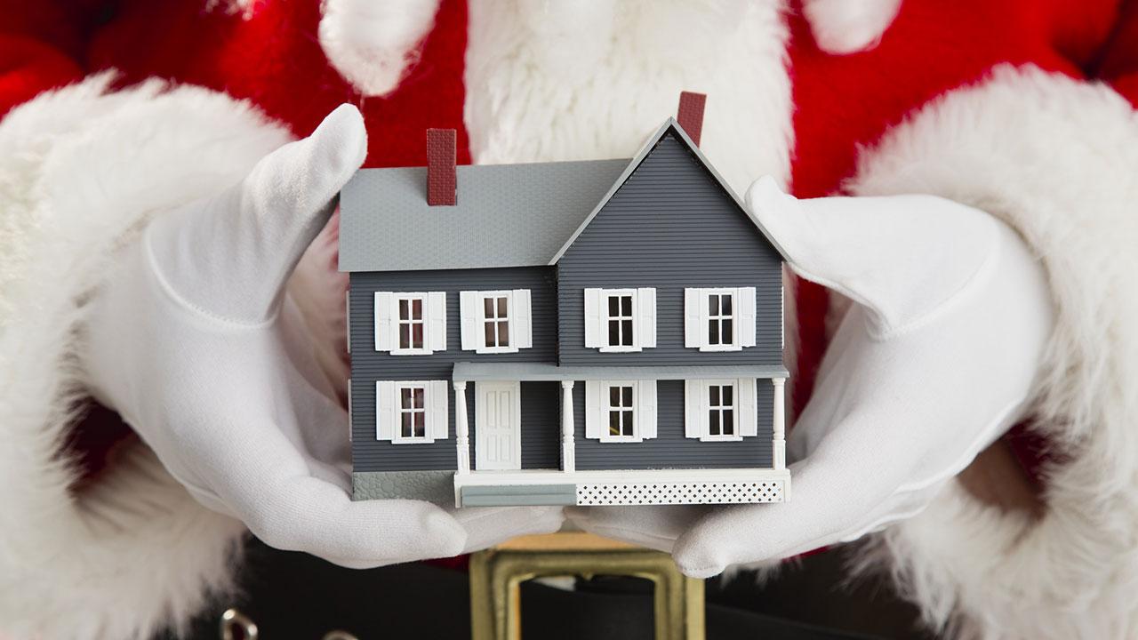 weihnachten immobiliengeschenke als stolperfalle in baufinanzierung ratgeber. Black Bedroom Furniture Sets. Home Design Ideas